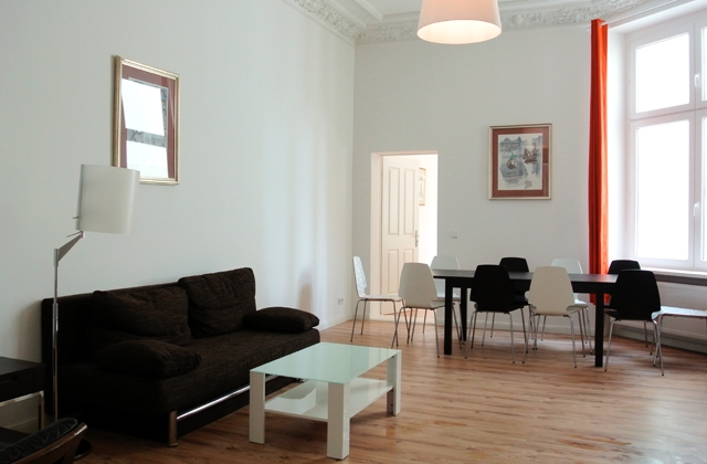 ☆ Close to groups large apartment in Berlin Mitte Alexanderplatz