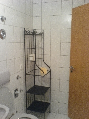 1133 -  Bathroom Right