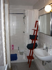 1623 -  bathroom 1